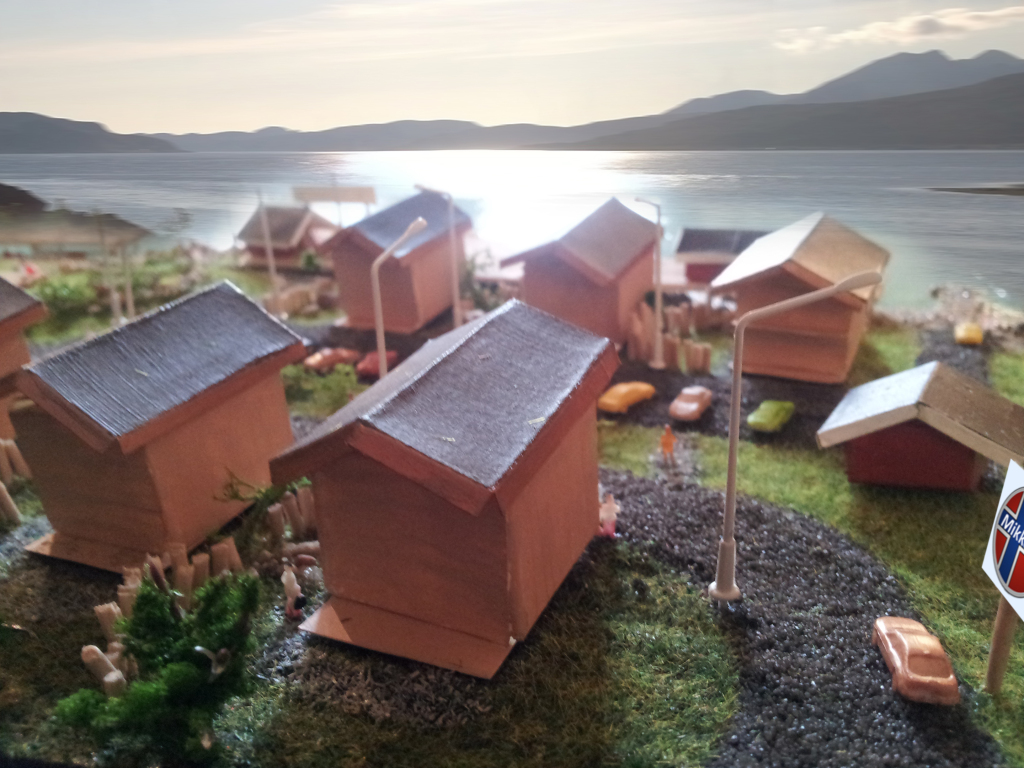 Ostseite und Ausblick der Angelanlage in Mikkelvik, Norwegen
